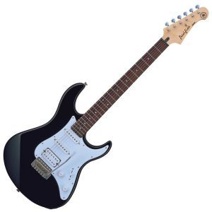 Chitara Electrica Stratocaster Yamaha Pacifica 012 BLM