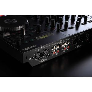 Controller Roland DJ 707M