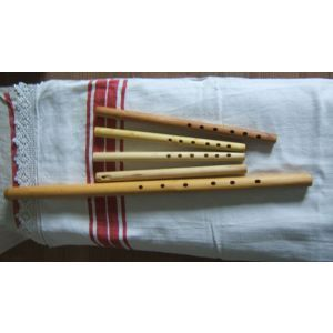 Fluier Traditional Ciobanesc Segercz Din Samburoase LA