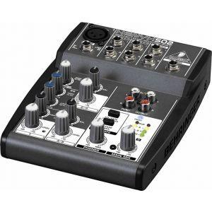 Mixer Analog Behringer Xenyx 502