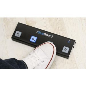 Pedalier Wireless MIDI IK Multimedia iRig BlueBoard