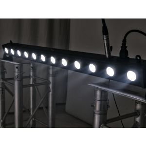 Set bara leduri 4x Eurolite LED BAR-12 QCL RGB+UV + Case